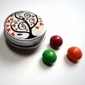 Pilulier Arbre à coeurs rouges