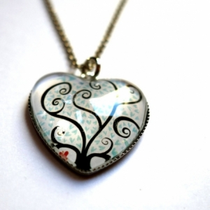 Collier coeur Arbre à coeurs bleus