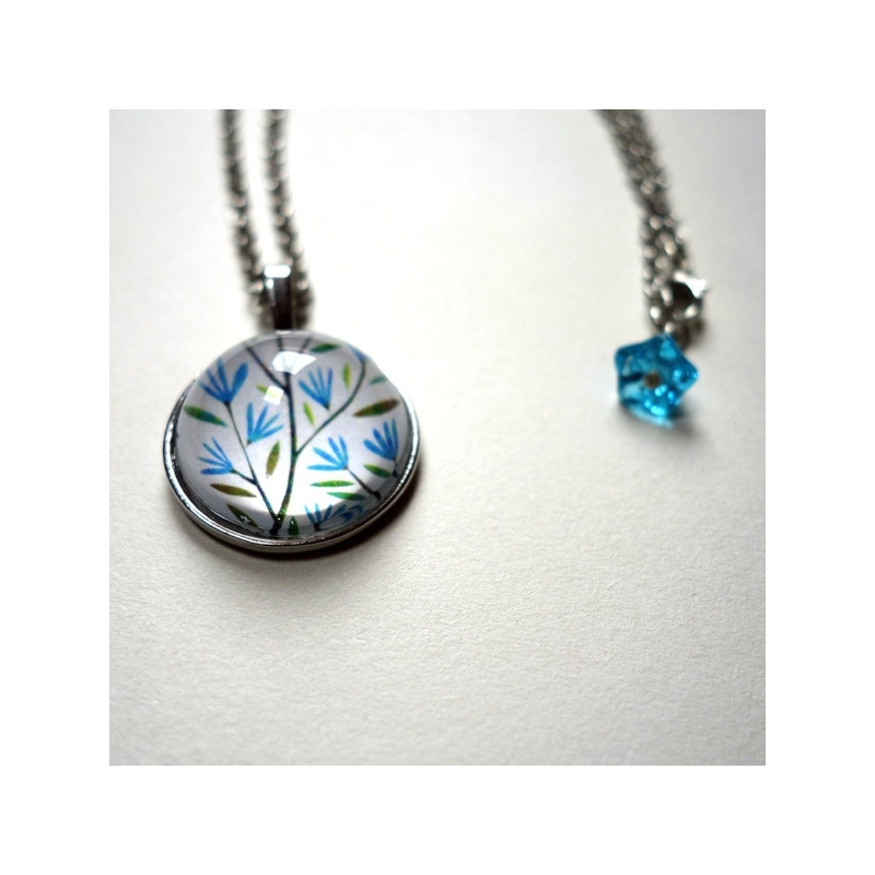Collier rond Fleurs bleues