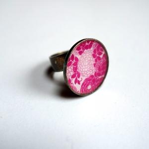 Round ring Pink hydrangeas