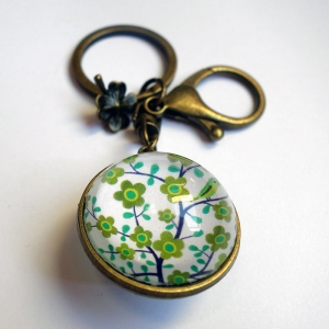 Reversible keychain Tree of the greenfinch