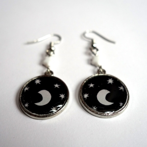 Earrings Under the moon