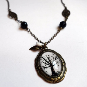 Vintage necklace Hearts tree
