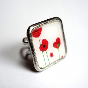 Square ring Poppies