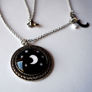 Vintage necklace Under the moon