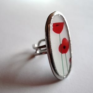 Long oval ring Poppies