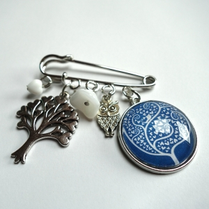 Kilt brooch White tree