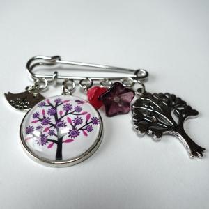 Kilt brooch Violet tree