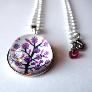 Round necklace Violet tree