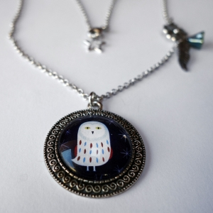 Vintage necklace Snowy owl