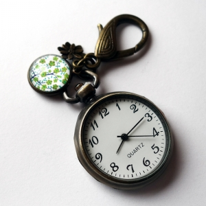 Keychain watch Tree of the greenfinch