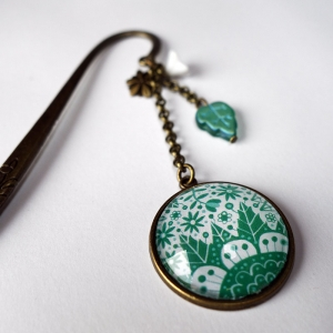 Bookmark Emerald flowers