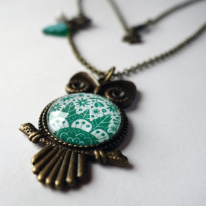 Owl necklace Emerald flowers