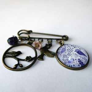 Broche Oiseaux mauves