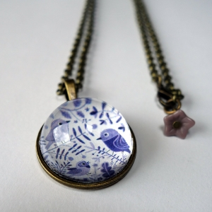 Round necklace Purple birds