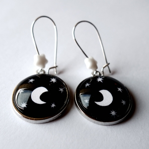 Earrings Under the moon