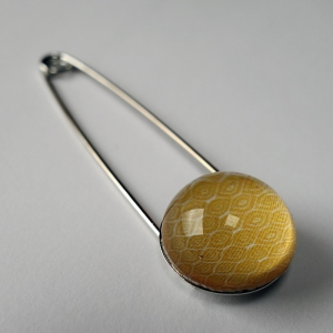 Pin Chamomile