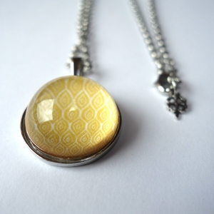 Round necklace Chamomile