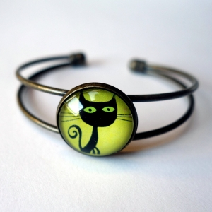 Cuff bracelet Voltaire the cat