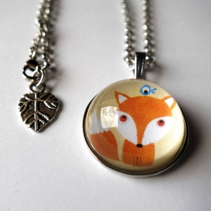 Round necklace Little fox