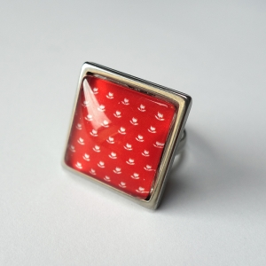 Square ring Vermilion