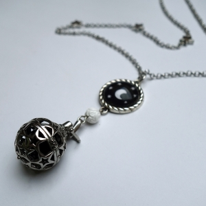 Bola necklace Under the moon