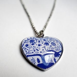 Heart necklace Blue peacock