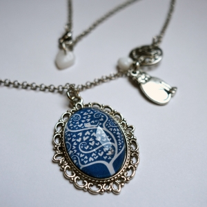 Vintage necklace White tree