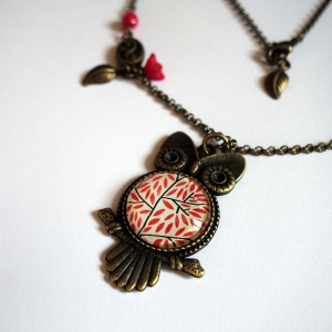 Owl necklace Red leaves
